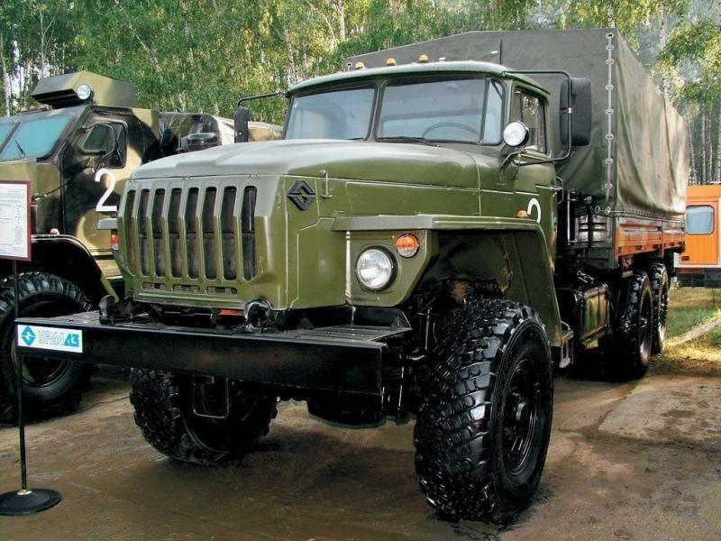 Военные грузовые авто