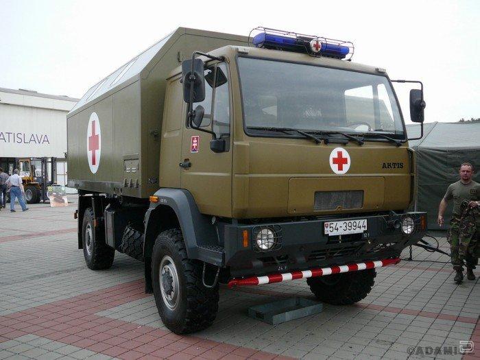 Военные машины скорой помощи