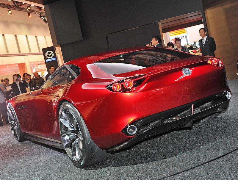 задняя часть Mazda RX-Vision 2015