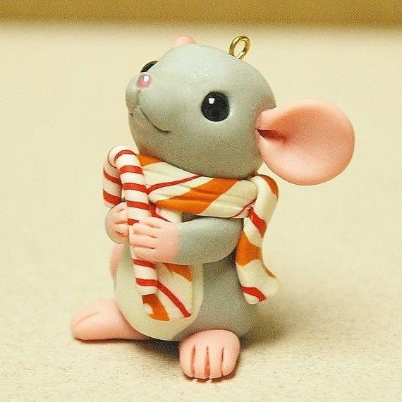 мышка в шарфике