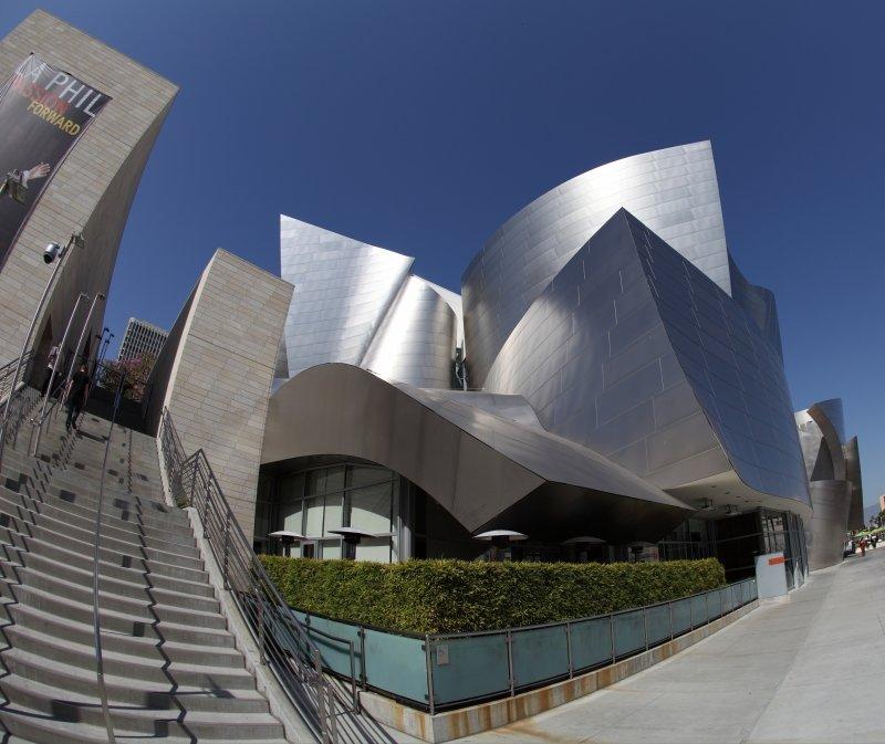 Лос-Анджелес. Концертный зал Уолта Диснея.