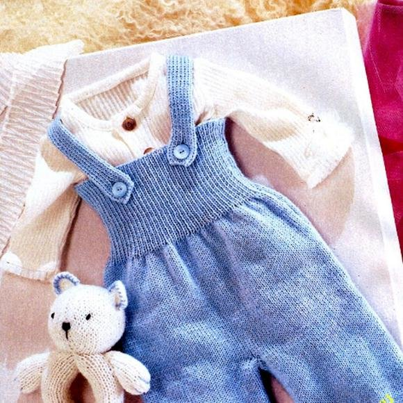 Вяжем для новорожденного 0-3 месяцев: костюмы спицами, идеи 96