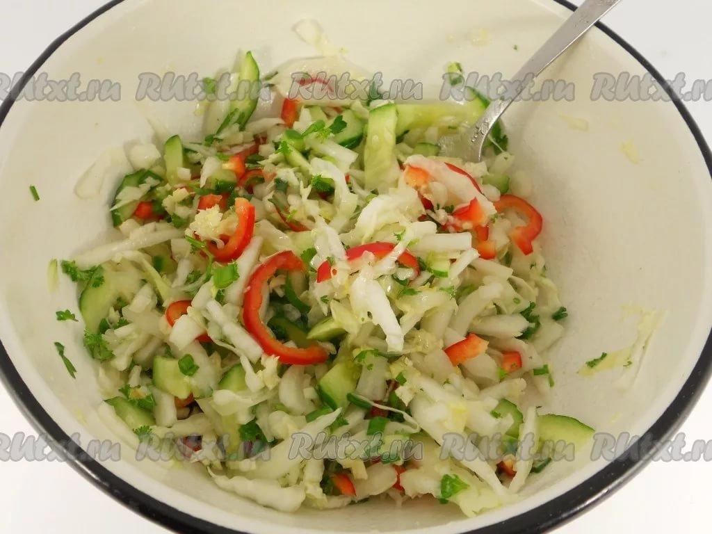 простой рецепт салата из пекинской капусты