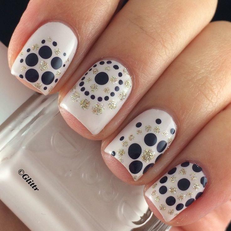 Простые рисунки на ногтях в домашних