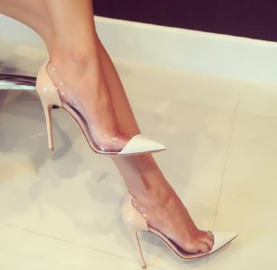 Туфли-лодочки бежевые Gianvito Rossi с прозрачными вставками