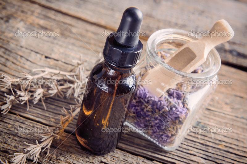 Эфирное масло лаванды — Стоковое фото © Amaviael #43692189