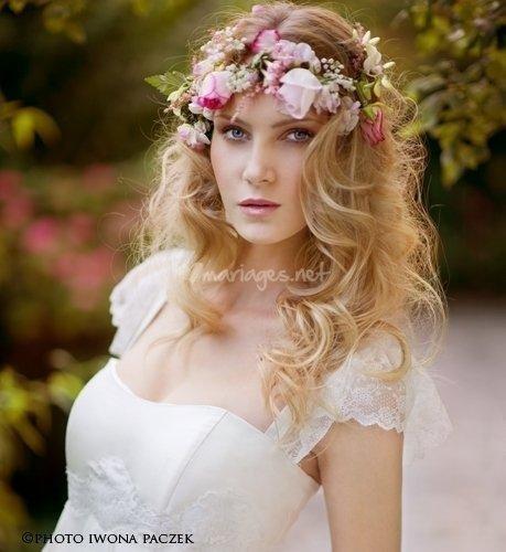 Фото греческой причёски с цветами