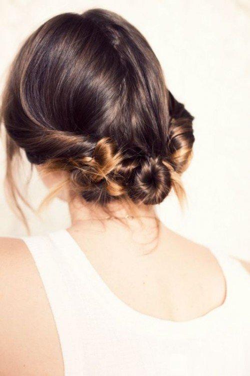 красивая прическа на каждый день на длинные волосы
