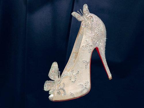 Christian Louboutin создал туфли для Золушки.