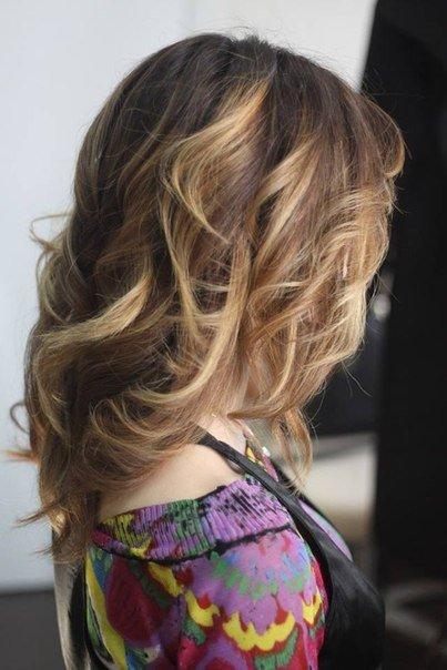 Окрашивание шатуш на темные и светлые волосы - виды, техника, окраска в домашних условиях | VolosoMagia.ru
