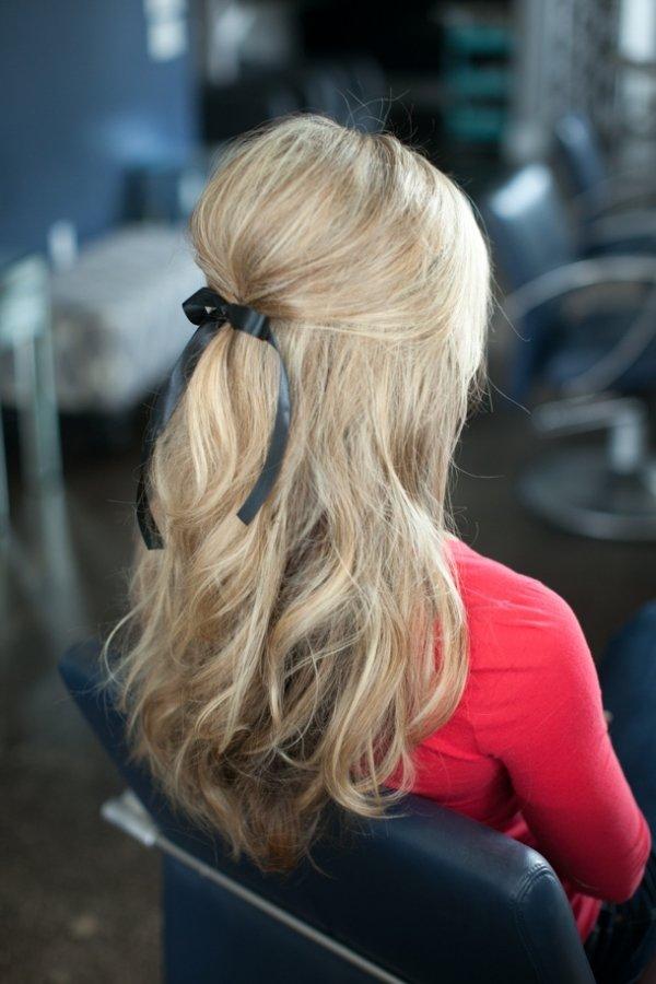 Присобранные волосы