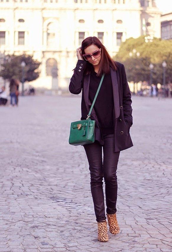 С чем носить кожаные легинсы? You're so sexy!