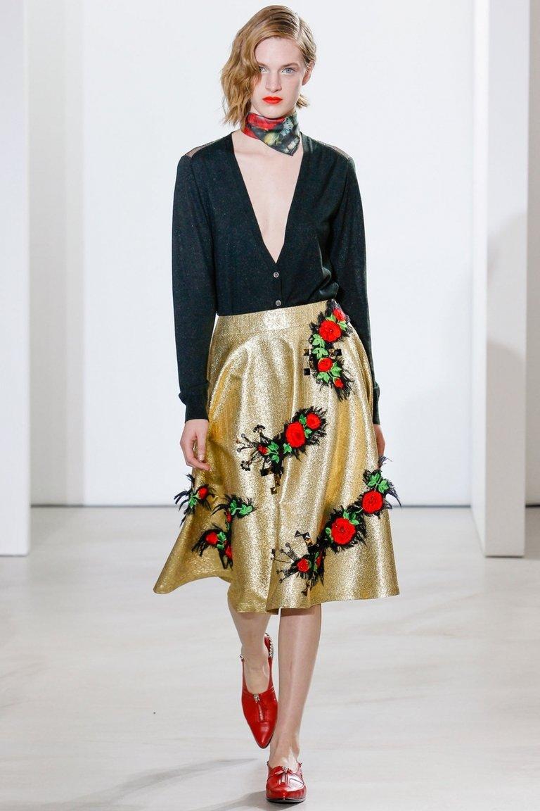 Золотая юбка с цветами – фото новинка от Creatures of the Wind