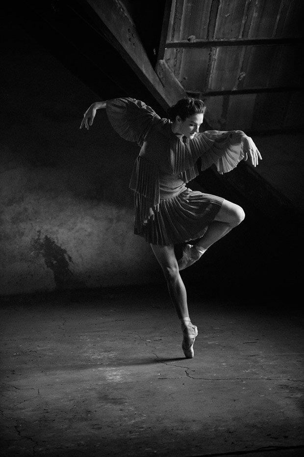 каждый картинка темная танцы апгрэйд системы