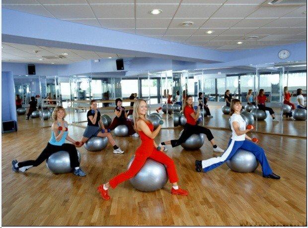 Где купить абонемент в фитнес клуб в Москве?