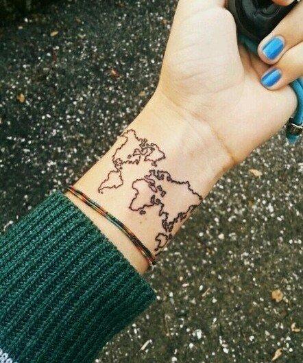 Карта мира на запястье
