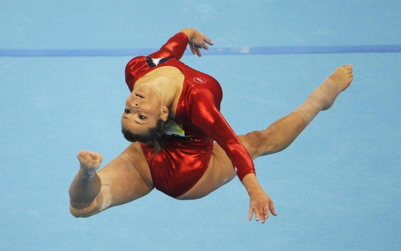 Спортивные : спортивная гимнастика, гимнастка обои, картинки, фото