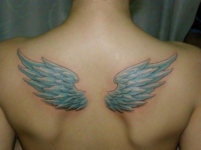 Тату «Крылья ангела».