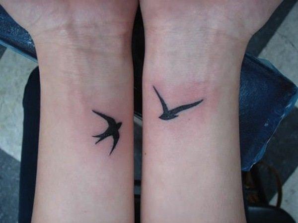 Татуировки на запястье птицы 2 на портале Tattoorussia.ru