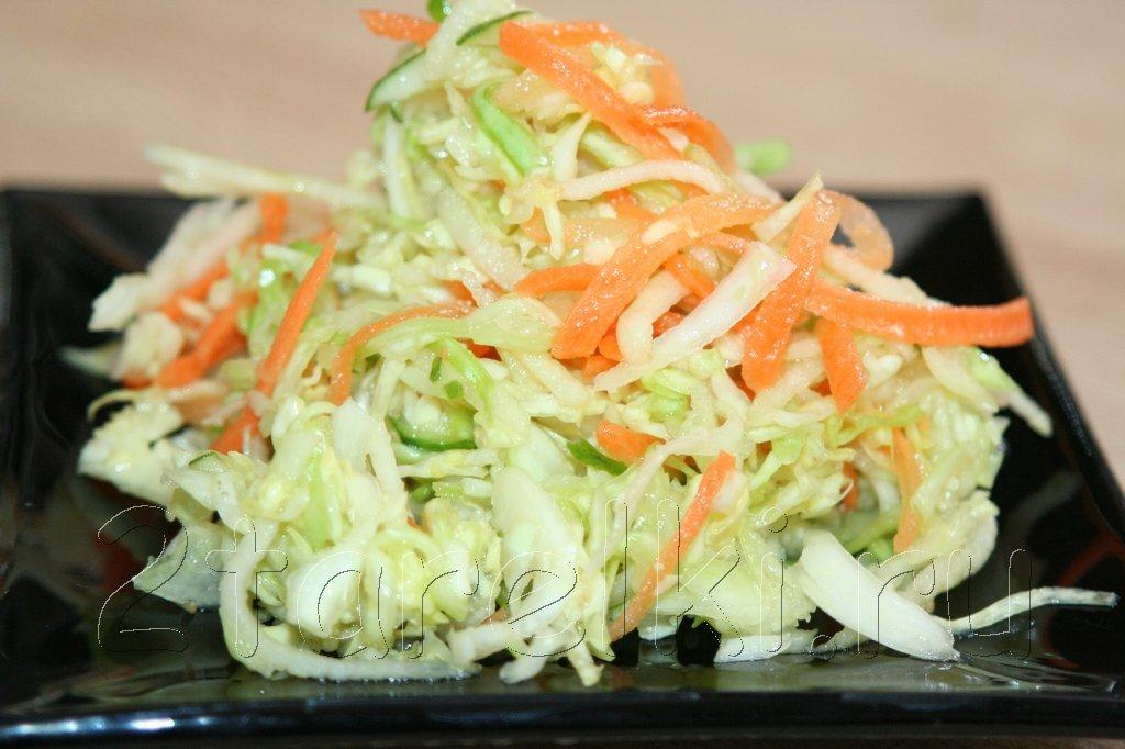 салат с огурцом капустой и морковью
