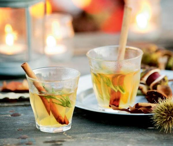 Глинтвейн с белым вином и апельсинами