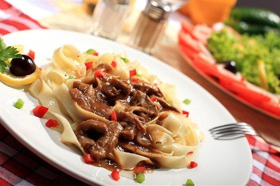 Паста с рагу из баранины и овощей. Для хозяек, любящих готовить вкусные блюда. Рецепты приготовления с фото готового блюда. - Рецепты приготовления особых блюд - Вторые блюда, рецепты приготовления - Рецепты приготовления салатов, супов, рецепты выпечки с фото - Рецепты приготовления супа, рецепты салатов, тортов