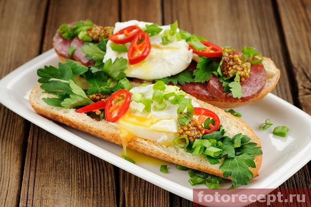 Сэндвич с яйцом пашот