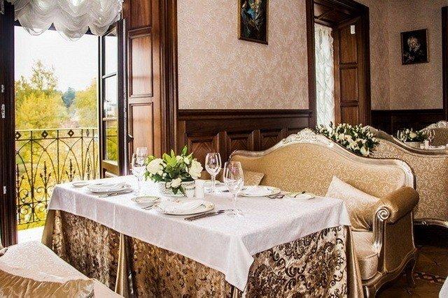 Роскошный ресторан в исторической усадьбе Ваньковичей
