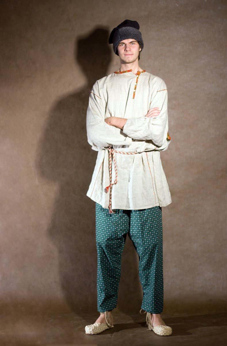 русский народный костюм мужчины фото уравновесить пропорции помогают