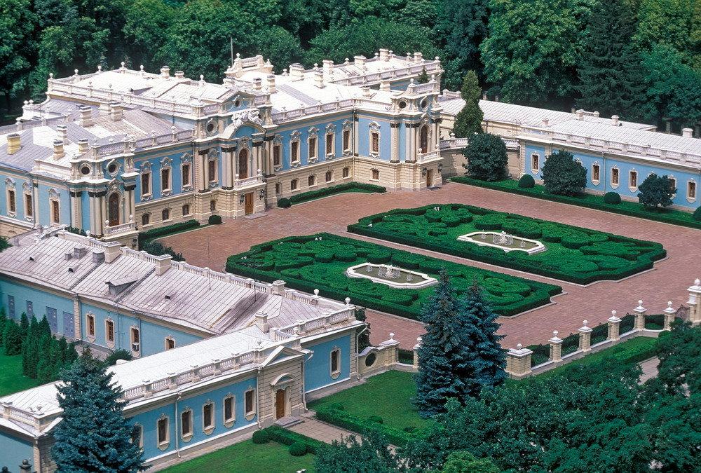 этот мариинский дворец в киеве фото доска лиственницы укладывается