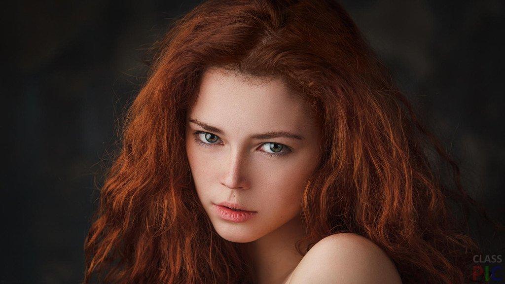 красивая девушка рыжеволосая