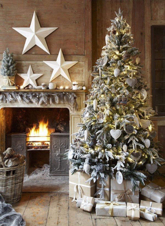 christmas tree decorations - 605×820
