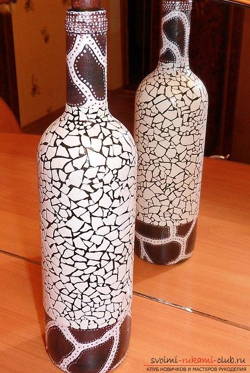 Поделки из яичной скорлупы в технике мозаика и декупаж Крестик