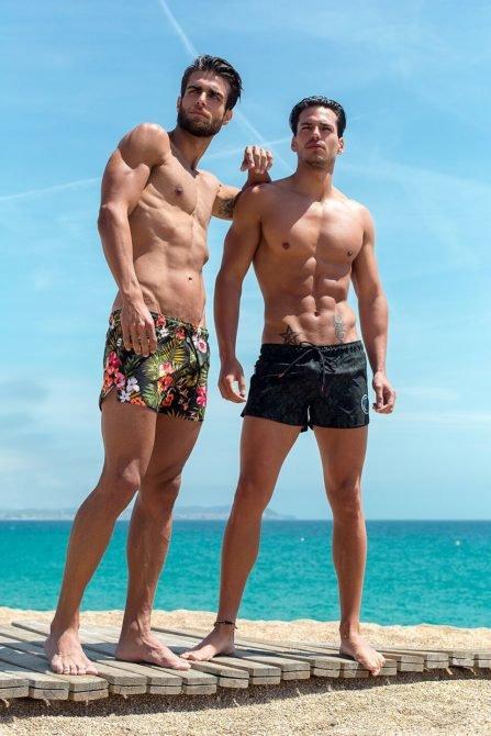 Фото парни на пляже фото 280-243