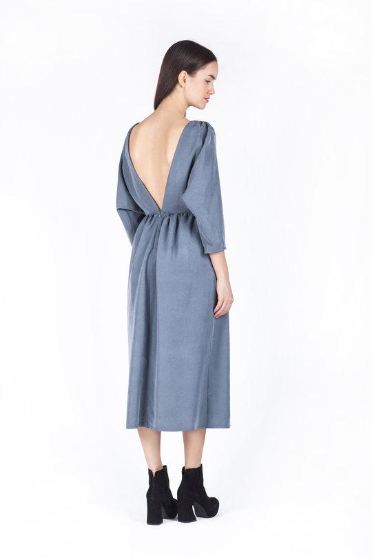 Платье Черешня с открытой спиной оливкового цвета