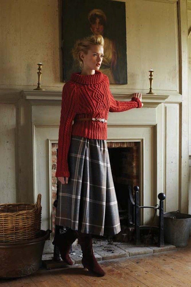 Пуловер с юбкой
