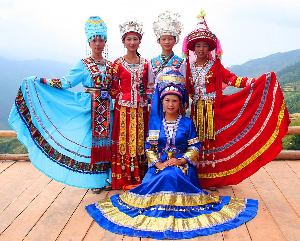 народные костюмы картинки разных странах нужны были компьютеры