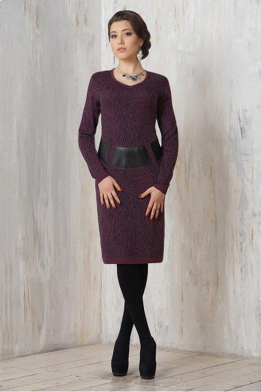 Платье шерстяное до колена