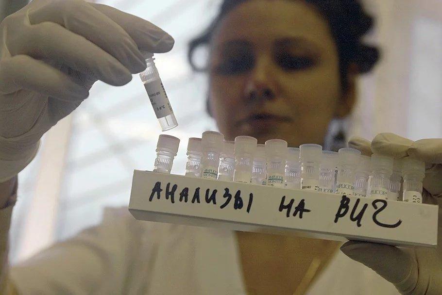 Более 100 россиян ежегодно специально заражают ВИЧ других