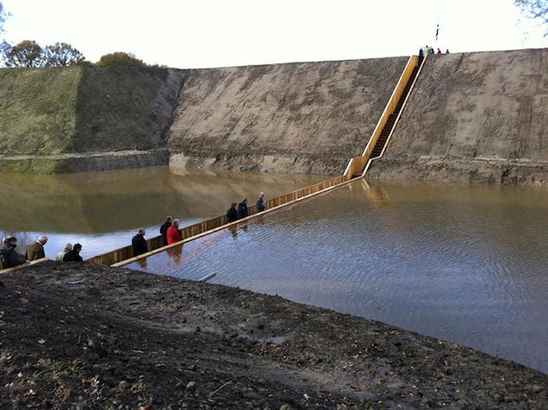 Мост Моисея в Голландии получил титул Лучшее сооружение 2011.