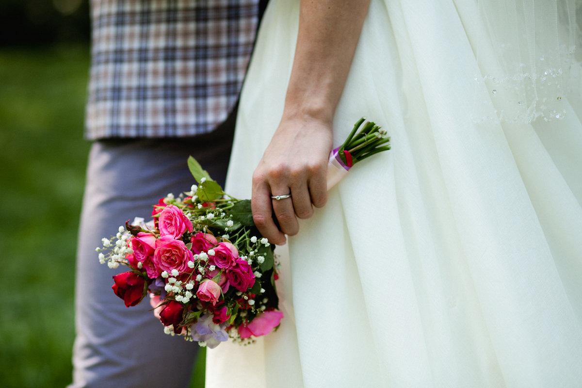Небольшие букеты невесты фото