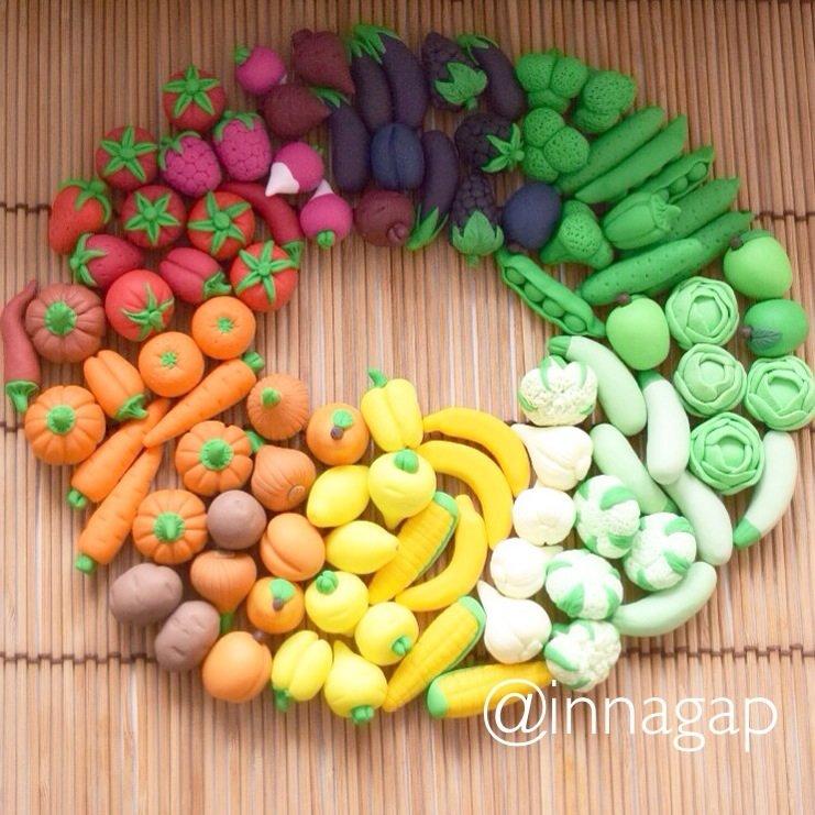 мастер класс украшения фрукты из полимерной глины водяным