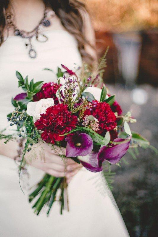 Букет невесты яркого цвета марсала, доставкой брянск