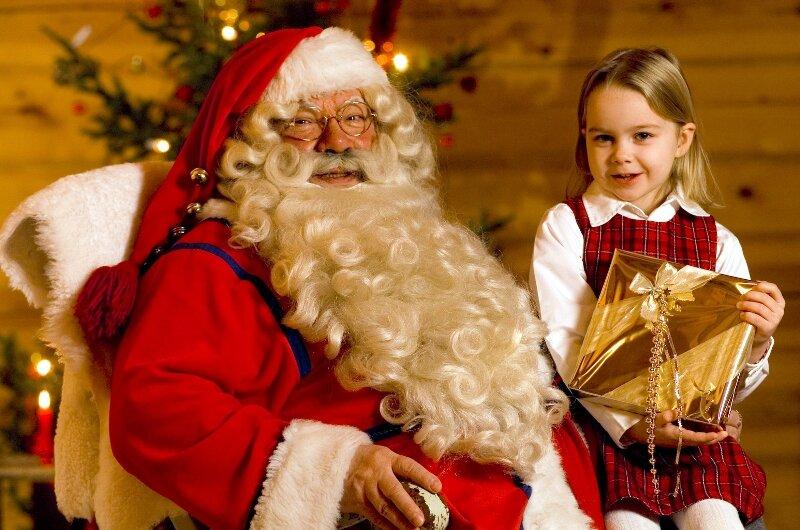 А вы верите в Рождество? Именно в то Рождество, которое нам показывают в красивых фильмах перед Новым годом, с добряком Сантой и веселыми эльфами и