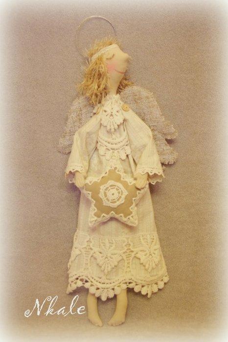 Ангел в белом платье