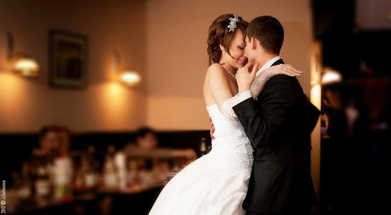 Трогательный танец свадебный