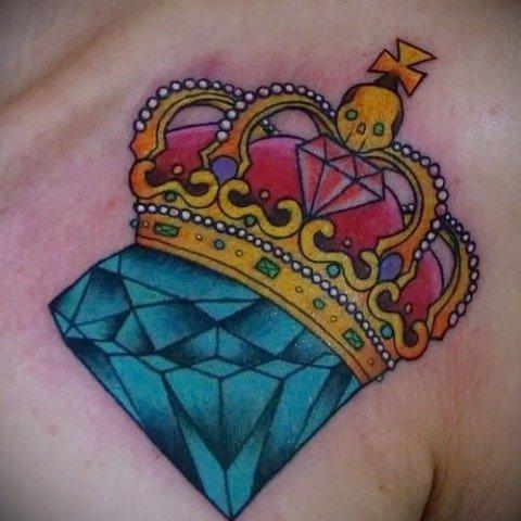 Бриллиант с короной тату фото