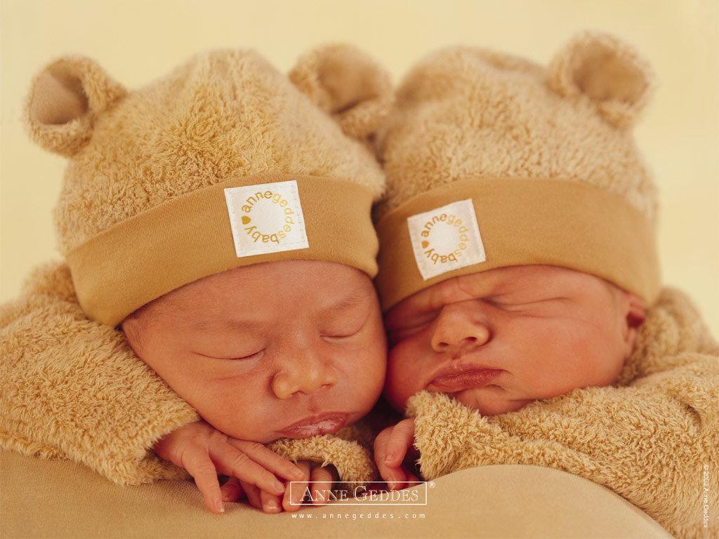 Открытки для малышей двойняшек
