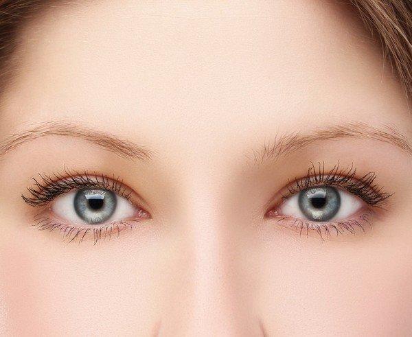 для светлых глаз макияж