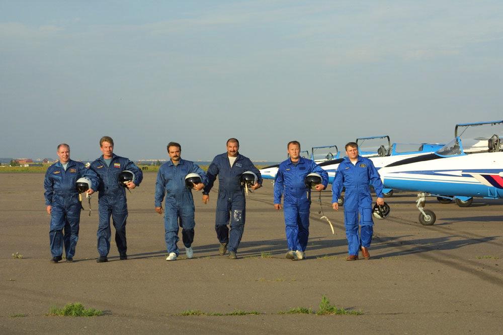 образом пилотажная группа небесные рыцари фото веками